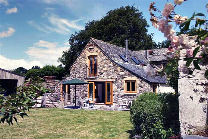 Click here for more about Comfort Wood Cottage