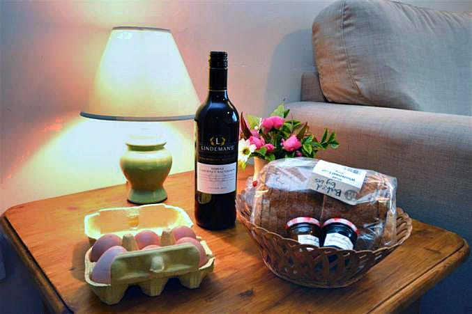 Higher Norton Farm, The Annexe Holiday Cottage