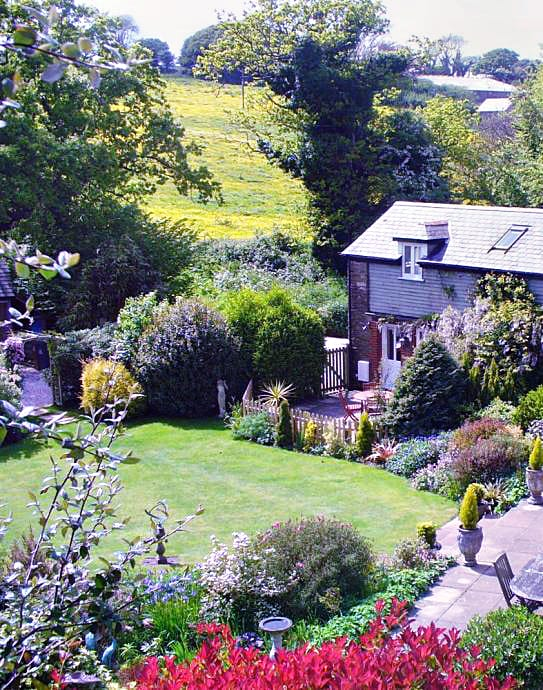Little Pittaford Cottage is located in Slapton