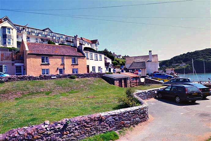 Details about a cottage Holiday at The Moorings