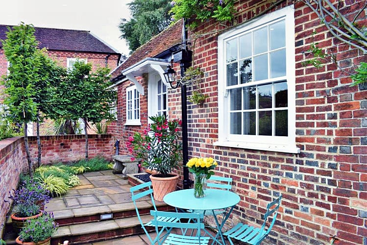 Click here for more about Brackens Cottage