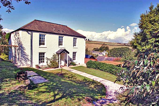 Details about a cottage Holiday at Perrotts