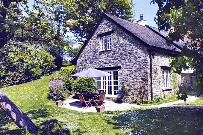 Click here for more about Pippin Cottage