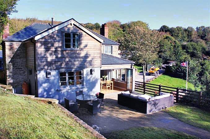 Click here for more about Stoke Cottage