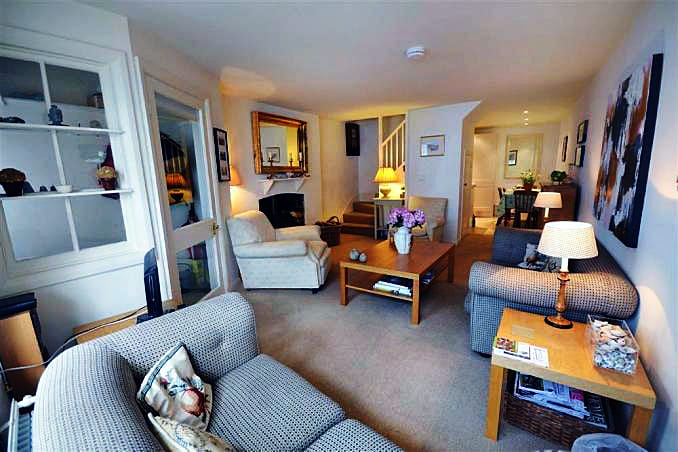 Stable Cottage (Totnes) is located in Totnes